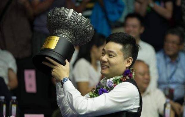 然而,陈子凡在与琼斯的竞争中表现不佳 丁俊晖