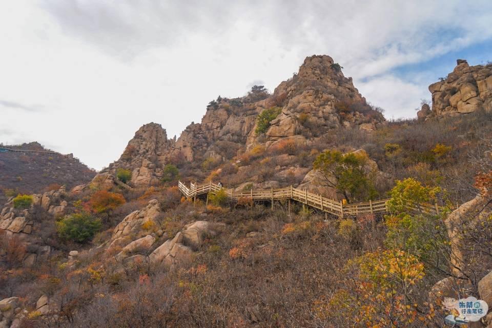 """原创             名叫大黑山却不""""黑"""" 森林覆盖率93% 被誉为辽蒙边界的绿色明珠"""
