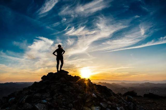 """成都户外:秋季登山、走出自己的一条""""汗路"""",感觉倍儿爽"""