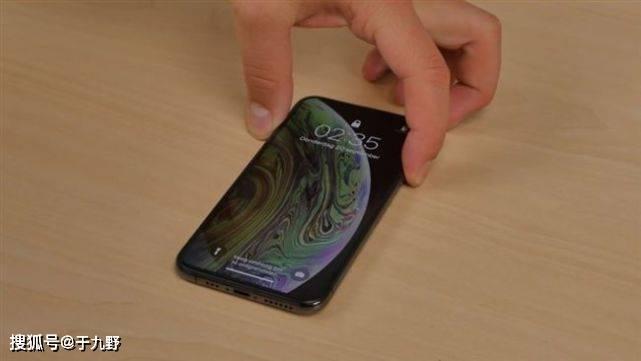原创             升级完iOS 14后电量竟永远是100%?过来人劝:快降级