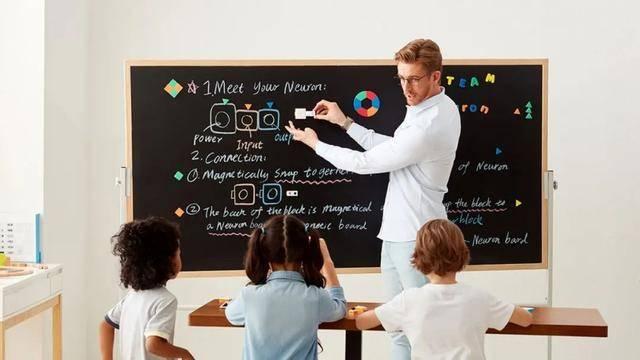 <strong>英语培训的标准工具是什么?AI智能发音</strong>