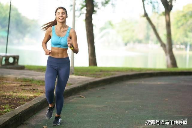 长期跑步会伤膝盖吗?如何降低膝盖受伤的几率?