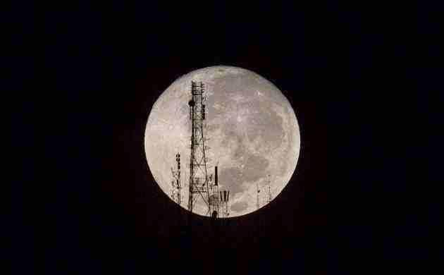 NASA发现月球内有600公里大铁球,推翻几十年月球空心理论