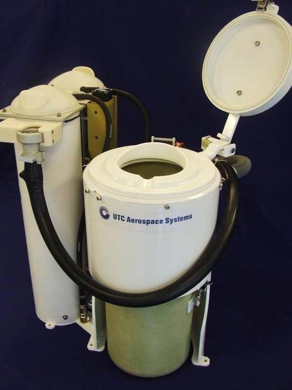 史上最贵的马桶即将上天 尿液分离处理后转变为饮用水?