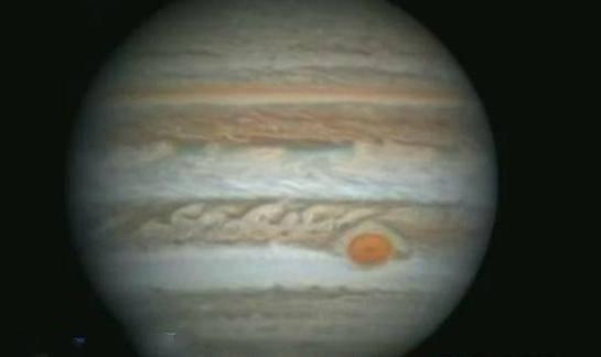 木星高清照终于放出来了!一个风暴的直径就有地
