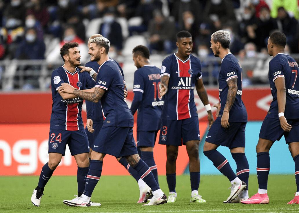 2-0!欧冠军豪夺3连赢,全球较贵足球运动员两助功,苏亚雷斯卡弹