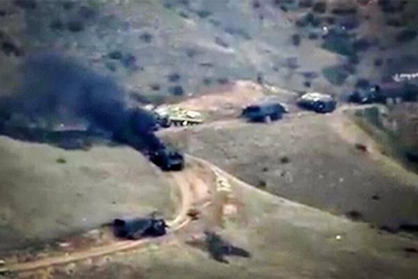 亚美尼亚公布战果照片!32名阿塞拜疆士兵遭伏击,尸体躺满小山坡