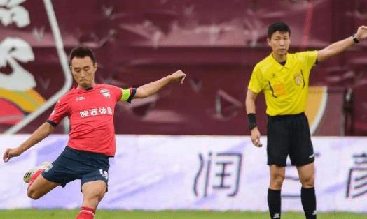 杨昊踢后腰能在八轮中甲联赛打入4个进球,这
