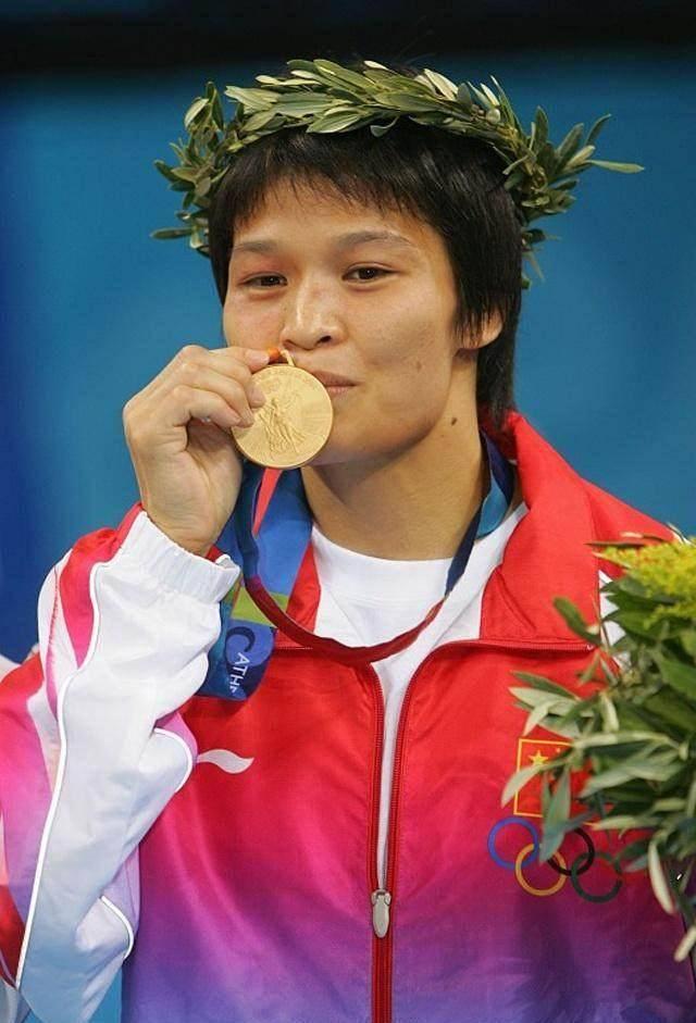 北京奥运柔道金牌得主冼东妹现状
