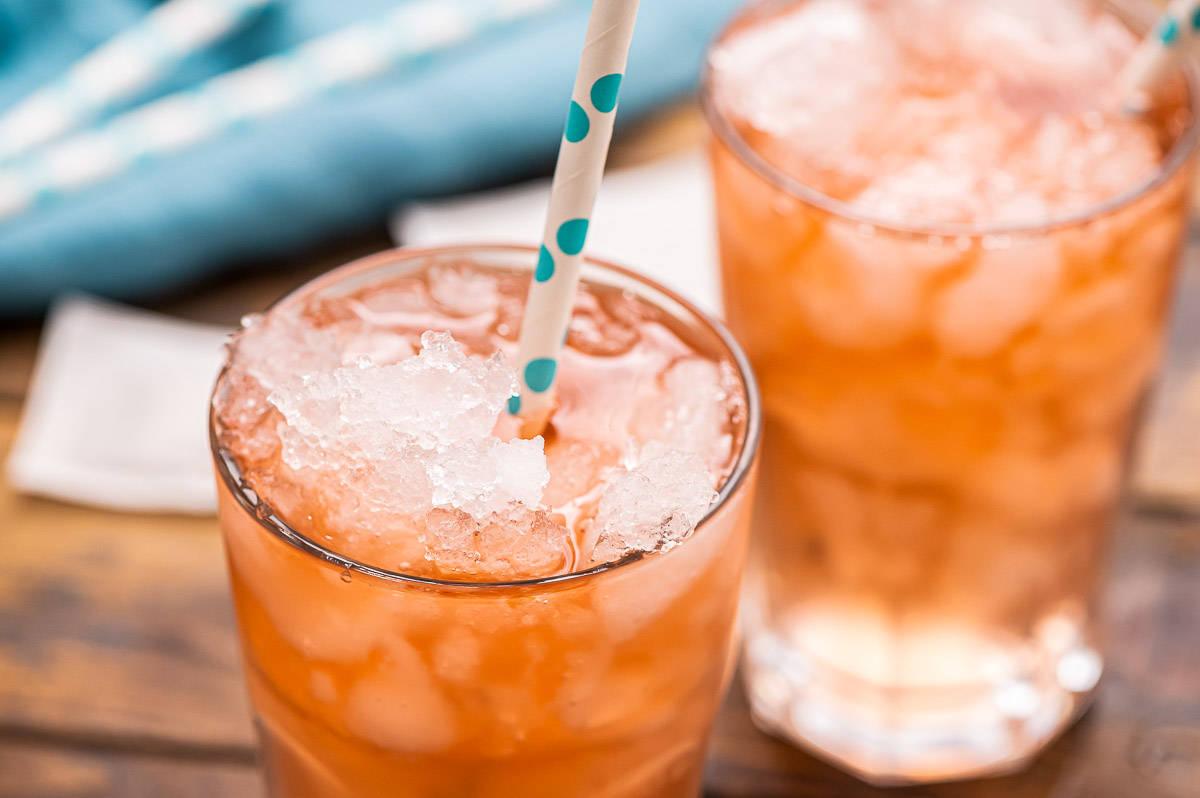 欢迎新生活 饮料行业逆风翻身!