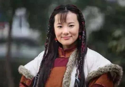 她出道23年零绯闻,是陈道明朱颜良知,嫁王菲初恋恩爱至今(图3)