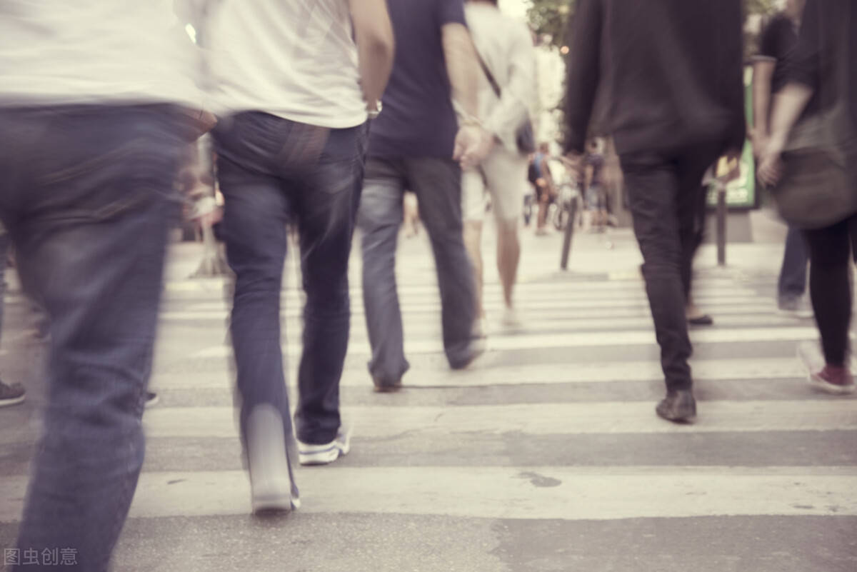 每天坚持健走1万步,恭喜,这几个好处会找上你!