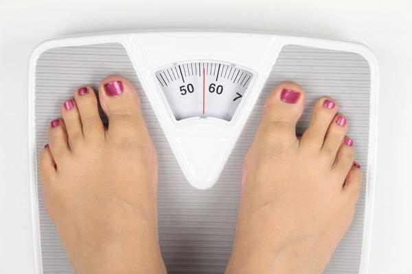 早上称体重会比较轻,经期称体重会比平常重?什么时候称最准确?