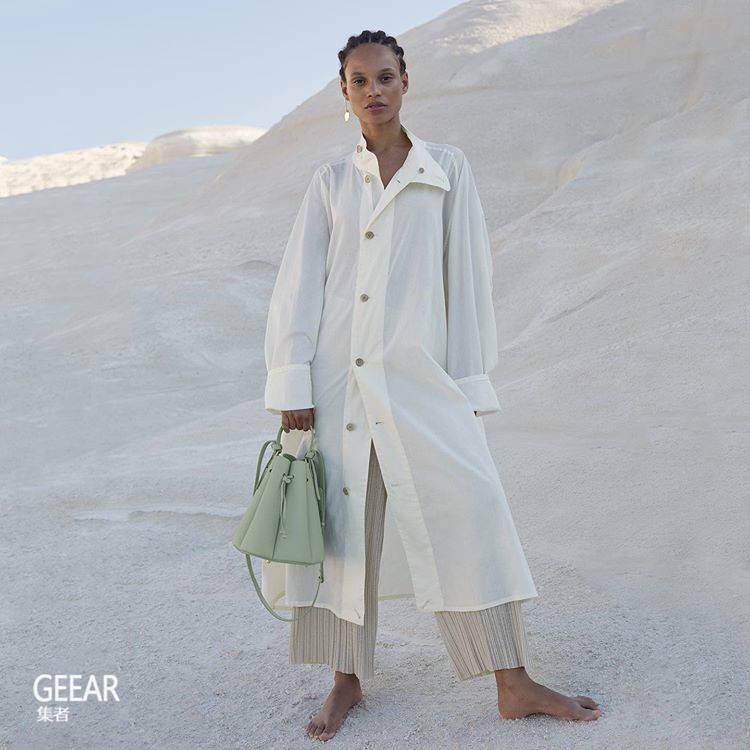 原创             《艾米丽闯巴黎》里卡米尔用的包包,来自这个巴黎小众品牌!