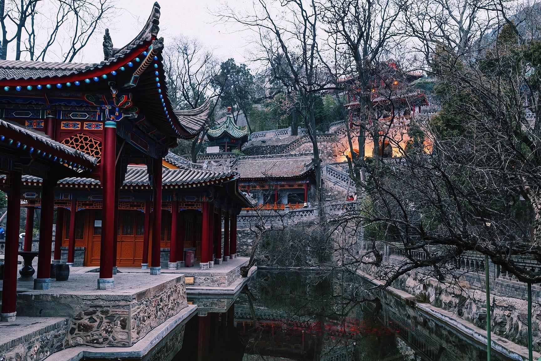 原创             西安临潼华清池,与北京颐和园齐名的皇家园林,门票120值吗?