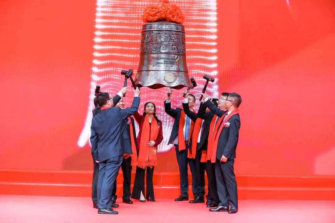 上海凯鑫深交所上市:市值50亿 上半年营收降35.5%