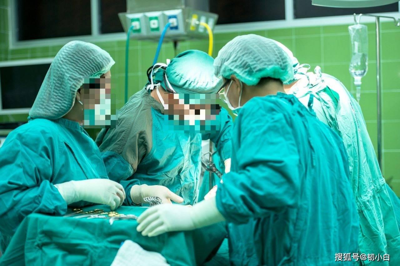 惨剧!26岁孕妇剖腹产请求被医院拒绝,婴儿头被护士用力扯断