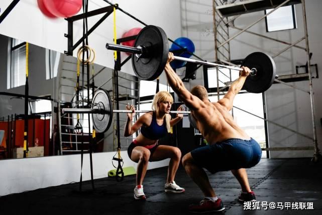 增肌减脂可以同时进行吗?做好3个动作,瘦下来后还能塑造好身材