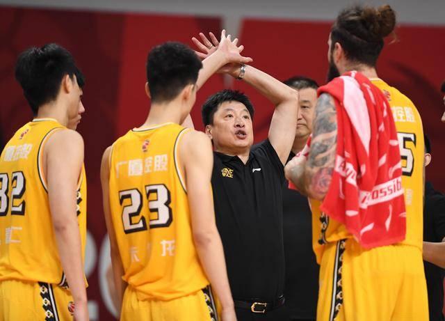 浙江广厦的赢球形式浮出水面,球迷呼吁:培育赵嘉仁