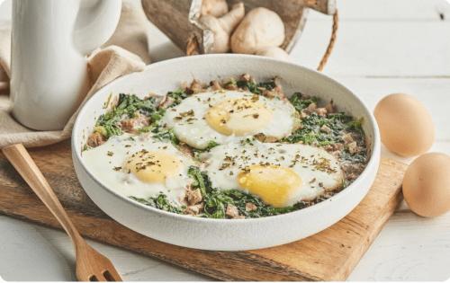 菇中白富美中式菜品——菠菜白蘑菇煮蛋