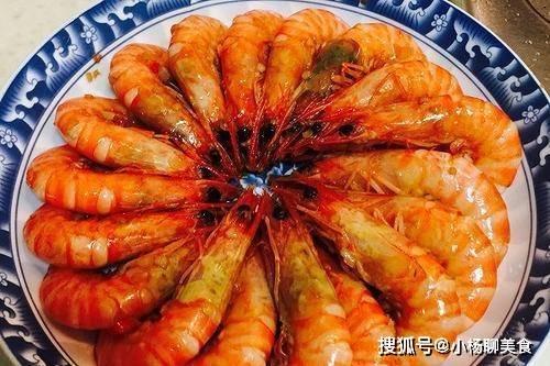 鮮蝦,用水煮是大錯特錯,學會漁民這一招,更鮮更嫩更營養