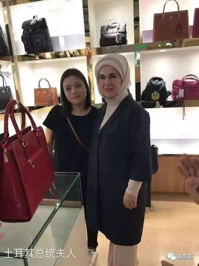 沙特公主30个爱马仕被偷,中东贵妇扫货有多疯狂?_妹子