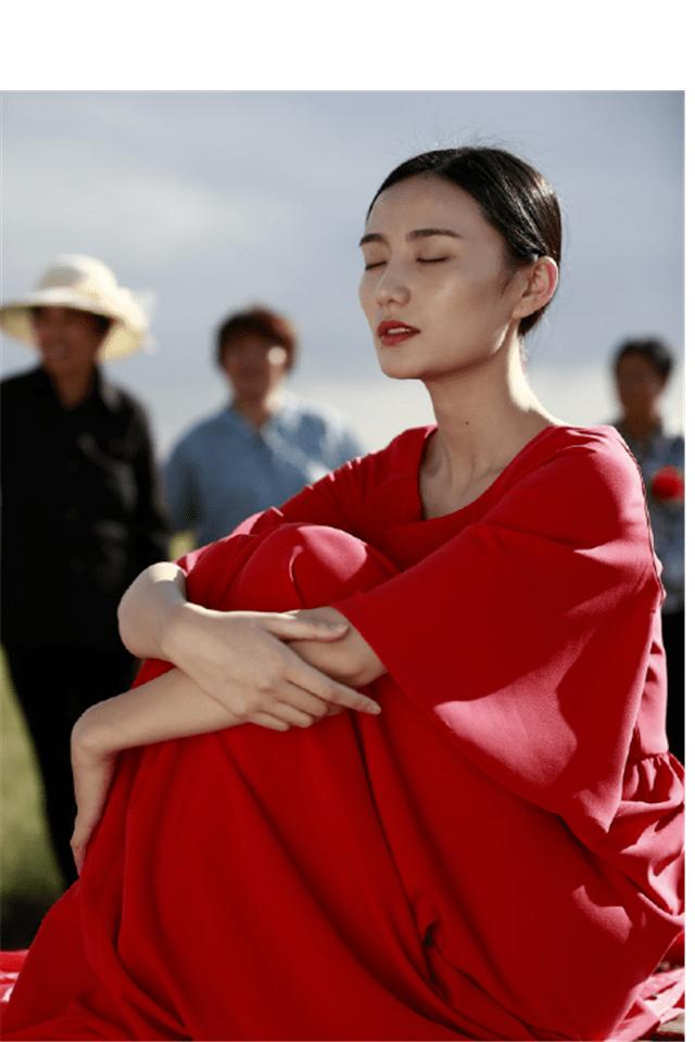 李亚鹏新爱情疑暴光,女友五官风雅,是小19岁的超模冠军(图7)