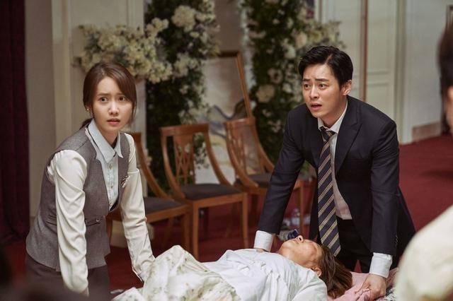 女友番号库她于1997年没演电望剧《芳华期》表的父配角插图(12)