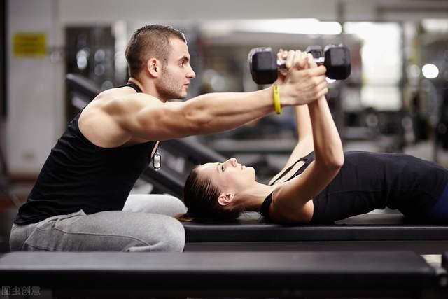 健身时,有氧和力量怎么安排,才能提高训练效果?