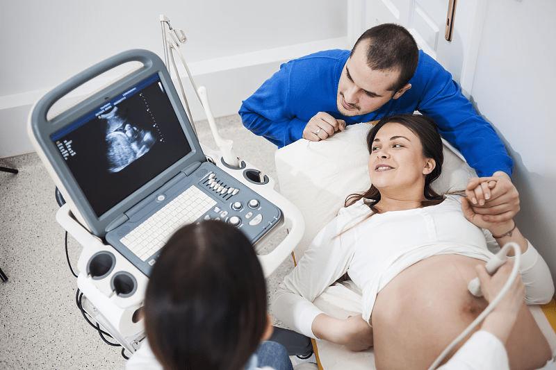 孕5周有褐色分泌物,准妈妈没有重视,胚胎被迫流产