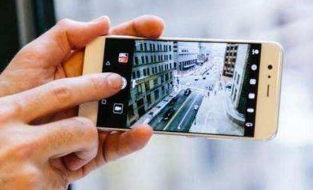 掌握这两个拍摄小技巧,你也能用手机拍大片