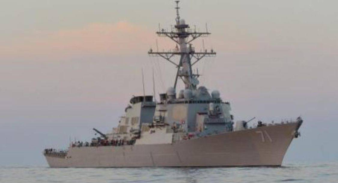 美舰恶意入侵海参崴领海2公里,俄军:快滚蛋,否则我舰撞击你舰