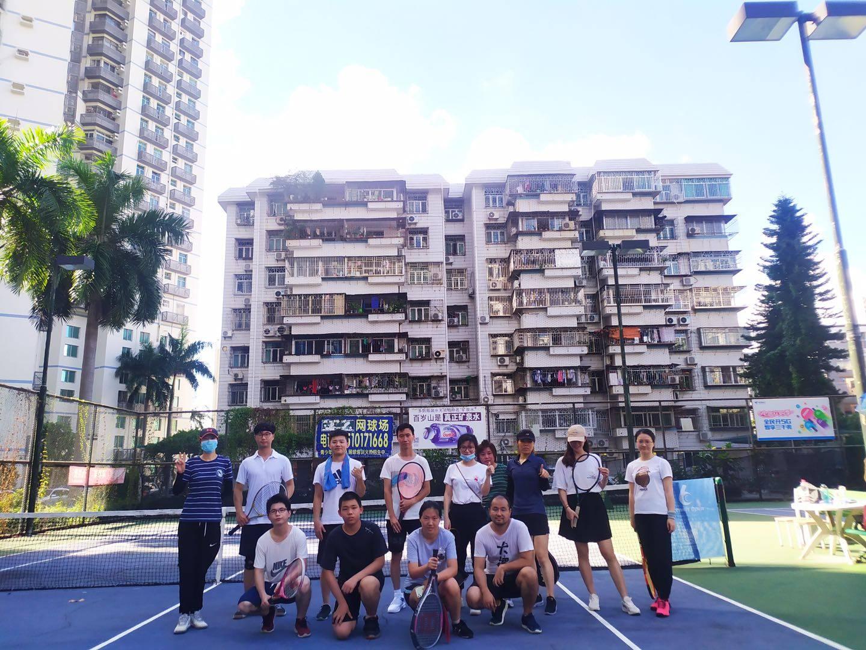 深圳网球 丢掉压力,一周五天的工作总是那么繁忙一起畅快打网球!