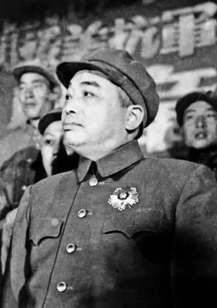 从粟裕、林彪到彭德怀,毛主席为何3易志愿军统帅?