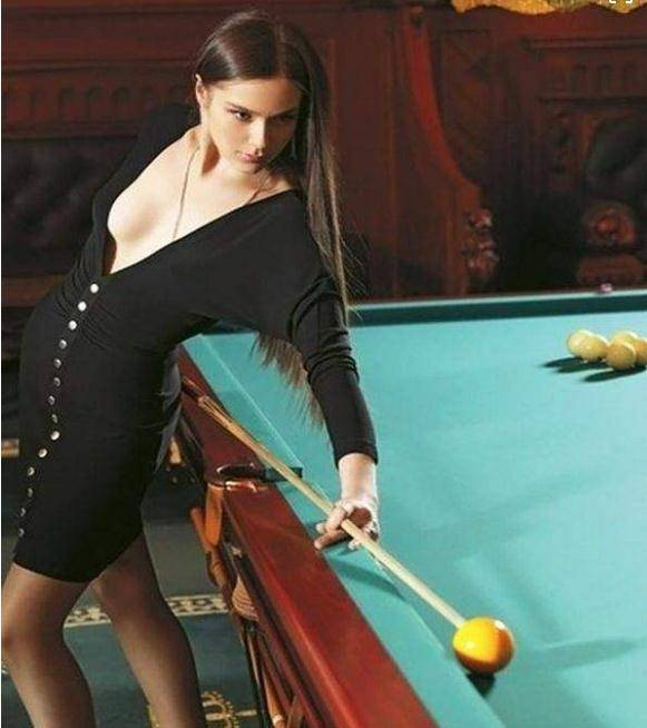俄罗斯的台球女神,照片倾倒众生,气质一点都不输潘晓婷