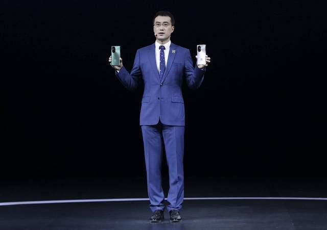 华为nova8系列手机3299元起正式发布。你能以这个价格购买它们吗?