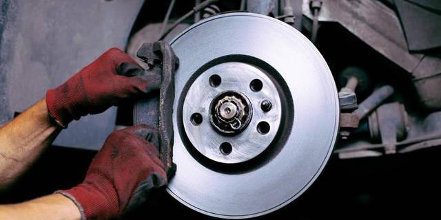 你的轎車剎車片有煩人的異響嗎?實際上解決方案非常簡單