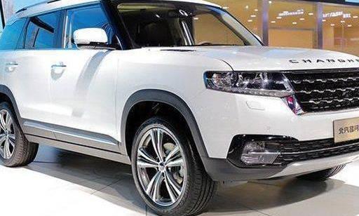 原装国产七座SUV来了!大型液晶真皮多功能方向盘