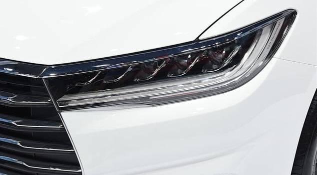 原装新国产车符合国家六大排放标准,比帝豪gl更舒适