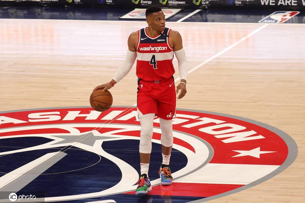 NBA新赛季常规赛继续进行,结果公牛以133-130打败奇才