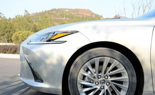 原创,别说奥迪A4L,奔驰c级都没有风格,28万以内,这是聪明人的选择