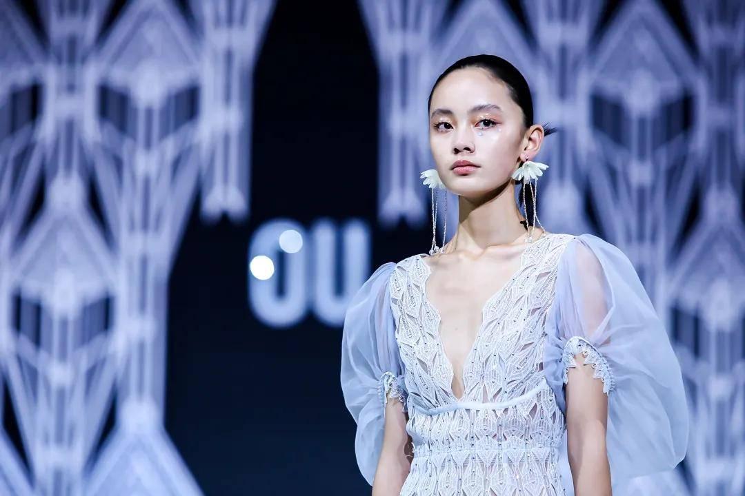 中国十大服装设计师徐华访谈|聚焦时尚与艺术的美丽碰撞