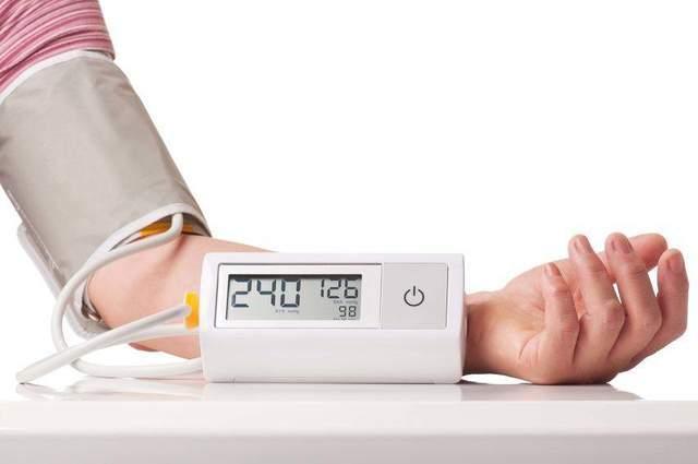 """中国有3亿高血压患者?坚持""""三多三少""""饮食,避免血压飙升"""