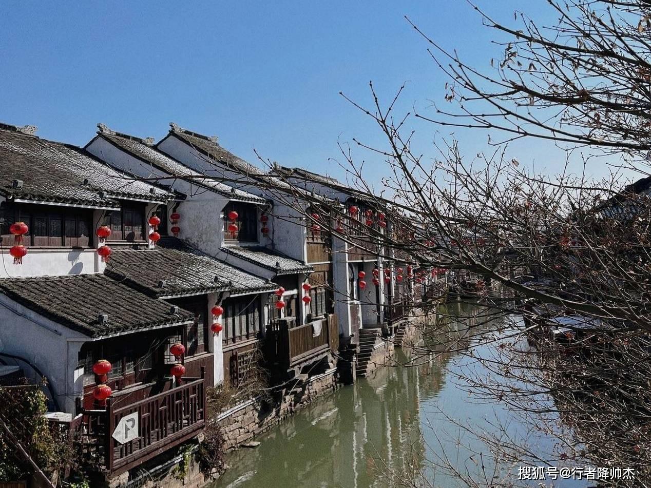 苏州七里山塘:白居易疏浚河道后形成,这里是苏州文化的精华