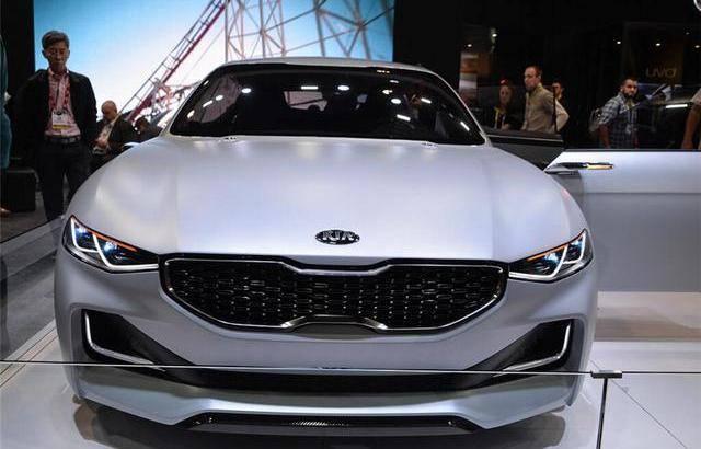 """原厂起亚发布了比奥迪A7更漂亮的""""王者炸弹"""",无框车门设计。谁要公众CC"""