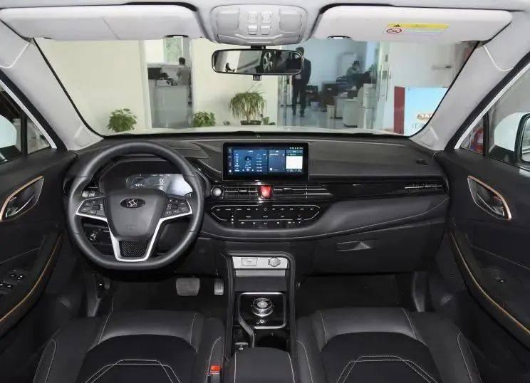 NEDC续航420公里  思皓E40X金甲版预售13.59万元_新车