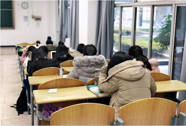 南大发布就业报告,称毕业生平均年薪17万,网友:美颜式调查?