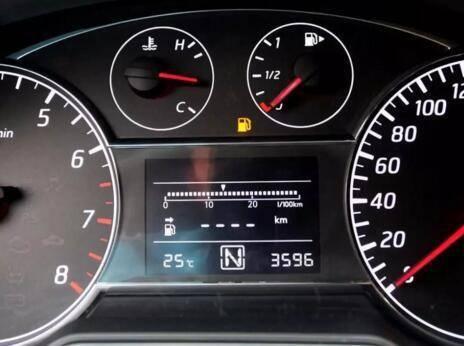 车子突然没油,该如何解决?