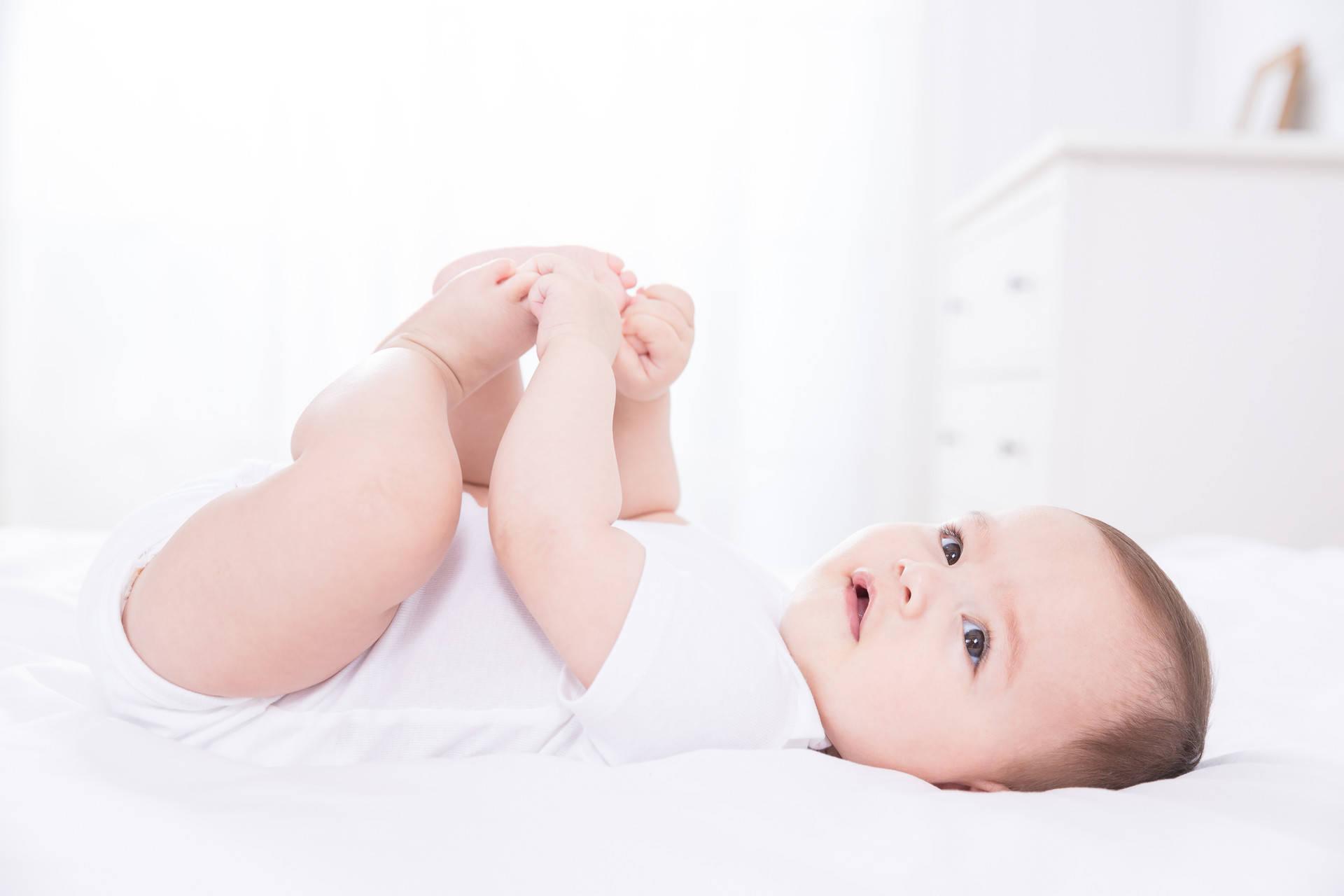 宝宝百天身体变化大,掌握四个养育要点,让孩子长得快少生病  第2张