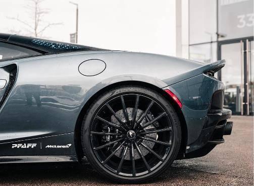 原装迈凯轮全新GT,中置引擎蝴蝶门,品牌堪比法拉利,比宾利便宜80万